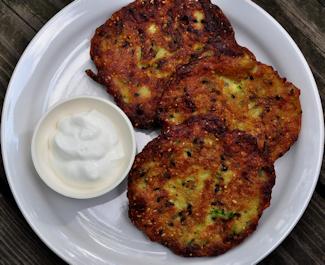 Crispy Zucchini Fritters dlyn